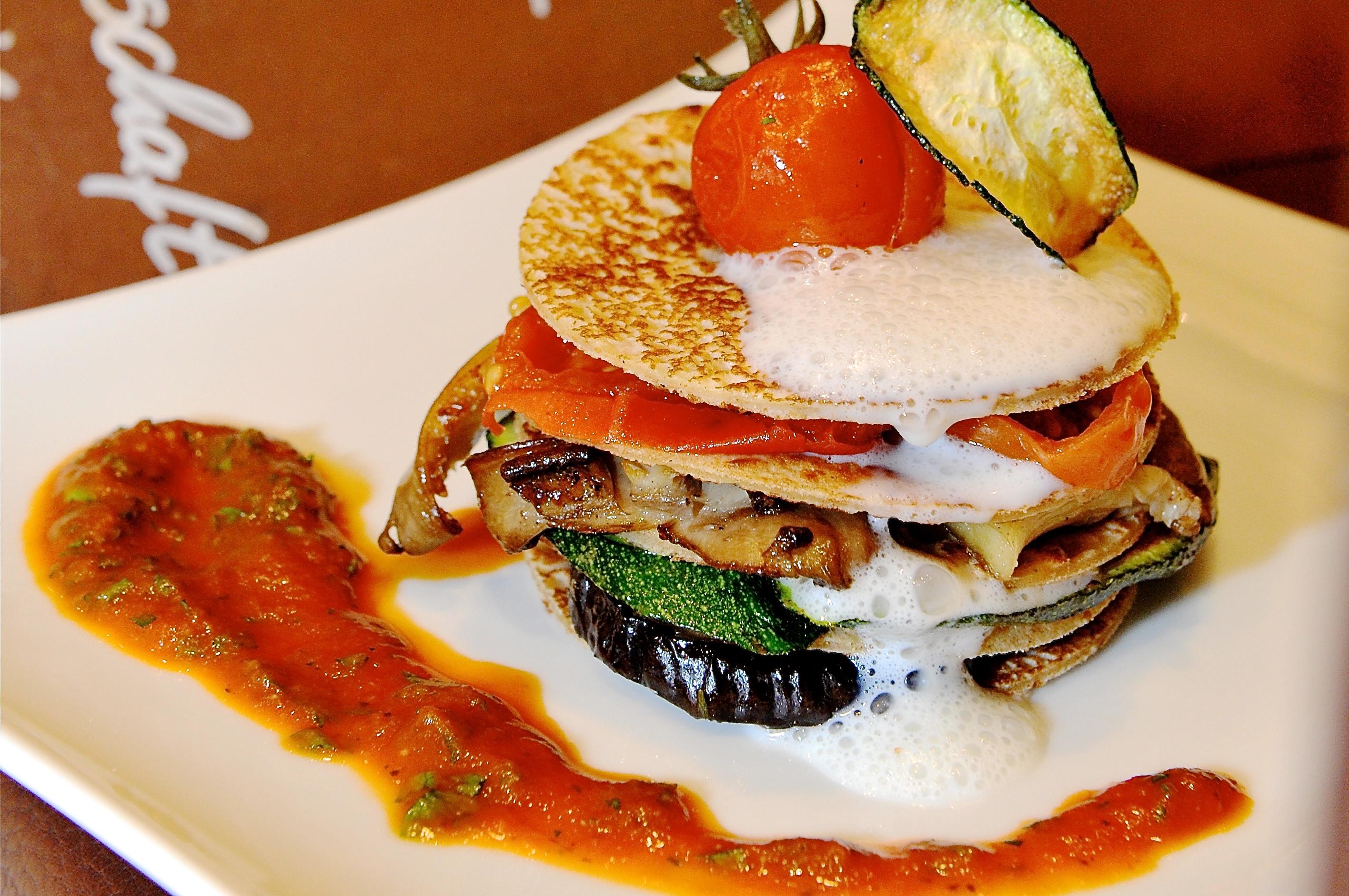 Buchweizen Lasagne mit Antipasti Gemüse