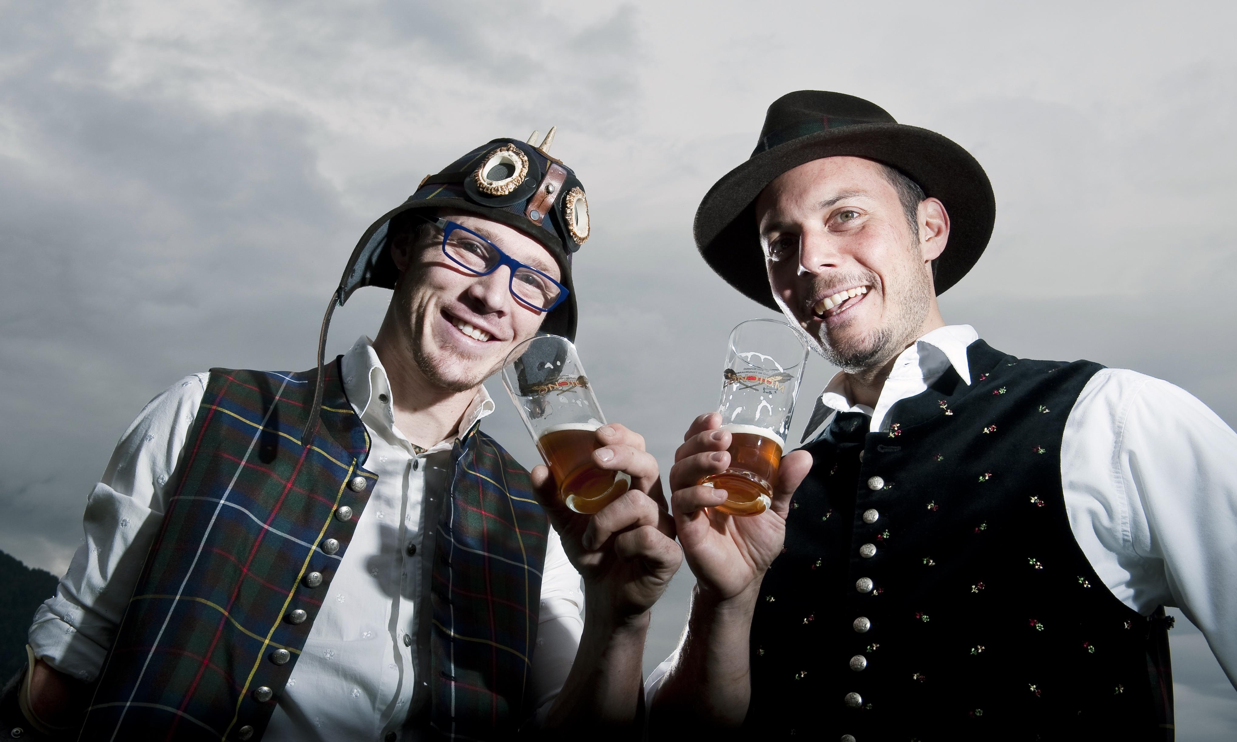 Stefan Feistritzer und Alois Planner von der Craft Bier Brauerei Loncium in Kötschach Mauthen